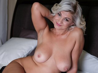 BestBlondee naked toy shows
